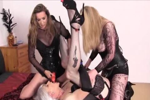 ladyman hooker Dominated plowed In both Holes By Femdom Tag Team
